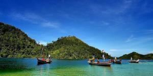 pasumpahan island2